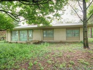 508 S Lincoln St Philo IL, 61864