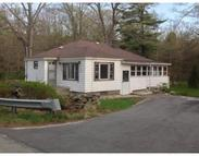 154 Charlton St Oxford MA, 01540