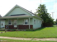 1116 Davis Johnston City IL, 62951