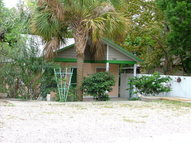 734 6th St Cedar Key FL, 32625