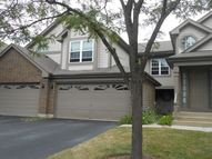161 Old Oak Court 161 Buffalo Grove IL, 60089
