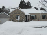 2424 S 18th St Manitowoc WI, 54220