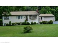 15 Piscitello Dr Branford CT, 06405