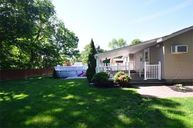 7 Duffield Rd Coram NY, 11727