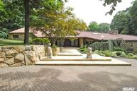 17 Forest Dr Sands Point NY, 11050