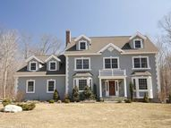 19 Lindera Ln Clinton CT, 06413