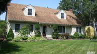 74 Mills Pond Rd Saint James NY, 11780