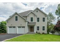 285 Papermill Lane Fairfield CT, 06824