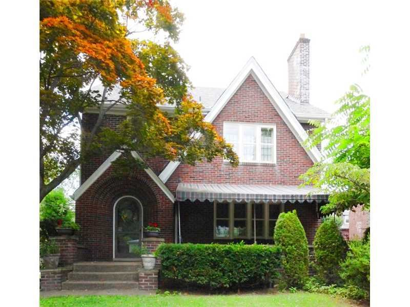 212 Lingrove Place Pittsburgh PA, 15208