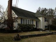 2 Pleasant View Cir Greenville RI, 02828