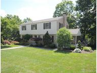 2441 Huntington Drive Upper Saint Clair PA, 15241
