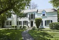 220 Dewindt Road Winnetka IL, 60093