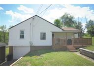 114 Lutes Rd Finleyville PA, 15332