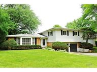 1706 Cranshire Court Deerfield IL, 60015