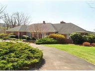 65 Suncrest Dr Somers CT, 06071