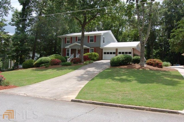 577 Angie Way Lilburn GA, 30047