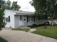 6667 N 80th St Milwaukee WI, 53223