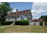 30 Hill St Old Saybrook CT, 06475