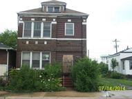 1976 Massachusetts St Gary IN, 46407