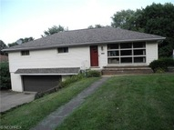 170 Perry Northwest Dr Canton OH, 44708
