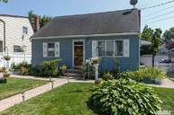 140 Brookside Ct Copiague NY, 11726