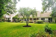 1111 Buttonwood Lane Northbrook IL, 60062