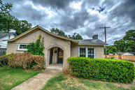 2500 Goldenrod Ave Fort Worth TX, 76111