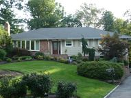 253 Meeting House Ln Mountainside NJ, 07092