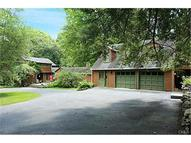 44 Wolfpits Road Bethel CT, 06801