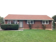 1433 Arrow Dr Salem VA, 24153