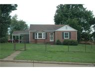 697 3rd Street Troy MO, 63379