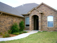 1813 Ne 34th Moore OK, 73160