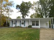 572 Apex Drive Saint Louis MO, 63126