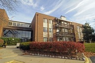 3070 Pheasant Creek Drive 108 Northbrook IL, 60062