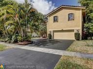 621 Mockingbird Ln Plantation FL, 33324