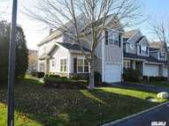 29 Chelsea Dr 29 Smithtown NY, 11787