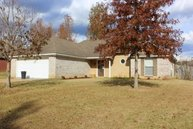 502 Acorn Place Florence MS, 39073