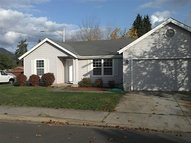 656 Nicholas Dr Springfield OR, 97477
