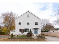 77 Holly Ln Portsmouth NH, 03801