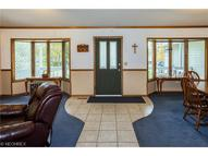 2624 Forest Dr Hinckley OH, 44233