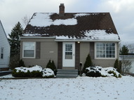 15509 Fernway Maple Heights OH, 44137