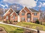 116 Preserve Valley Dr Cranberry Township PA, 16066