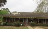 403 Metts St Louisville MS, 39339
