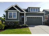 12414 Rogue River Way Oregon City OR, 97045