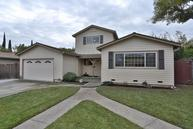 454 Queens Court Campbell CA, 95008