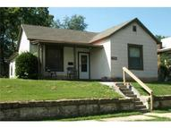 715 Cheyenne Street Leavenworth KS, 66048