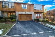 152 The Crescent #152 Roslyn Heights NY, 11577