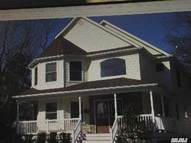 231 Waterford Rd Oakdale NY, 11769