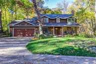 16 Wildwood Trail Bettendorf IA, 52722