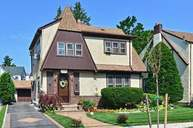 26 Raff Ave Floral Park NY, 11001